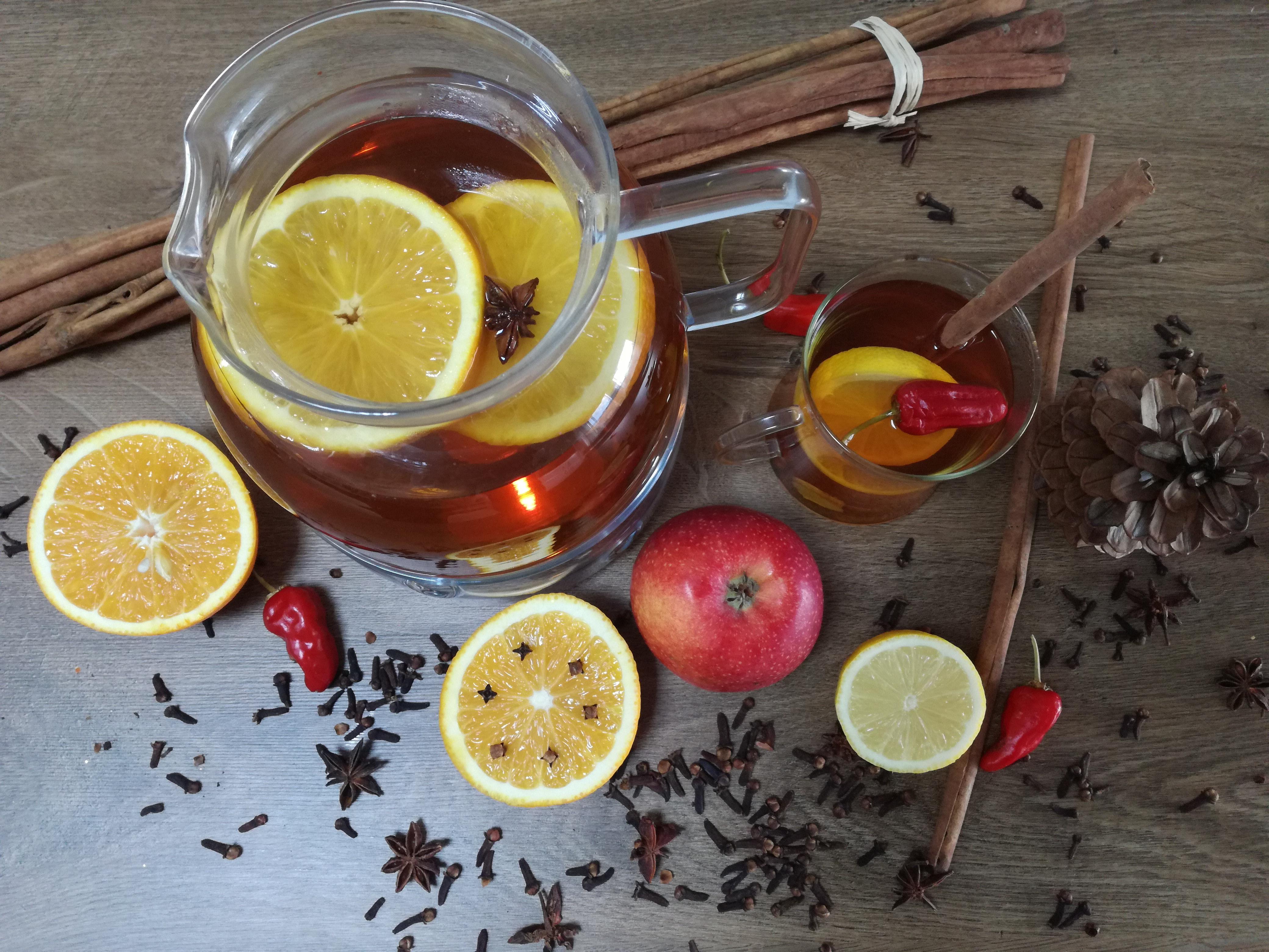 Przepis na zimową rozgrzewającą herbatę